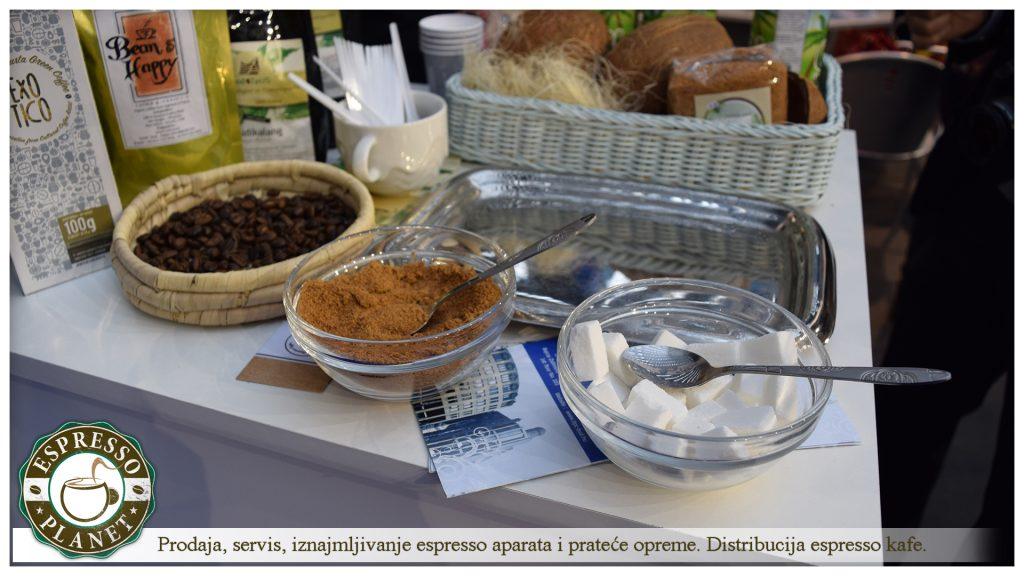 Espresso Planet na sajmu turizma sa kolegama iz Indonezije.